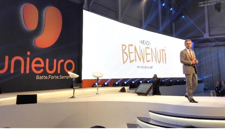 unieuro-organizzazione convention-free event-agenzia di eventi-fiorello-federico buffa