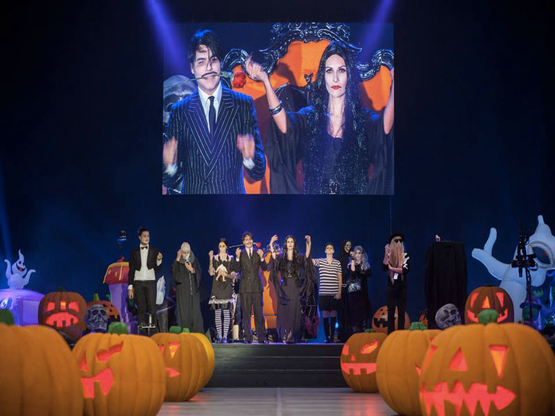 laura-pausini-halloween-party