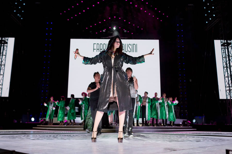 laura pausini simili tour pausini stadi Free Event producation 5