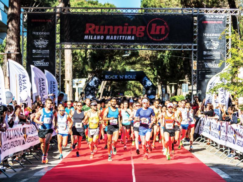 Foto della partenza della Running In di Milano Marittima
